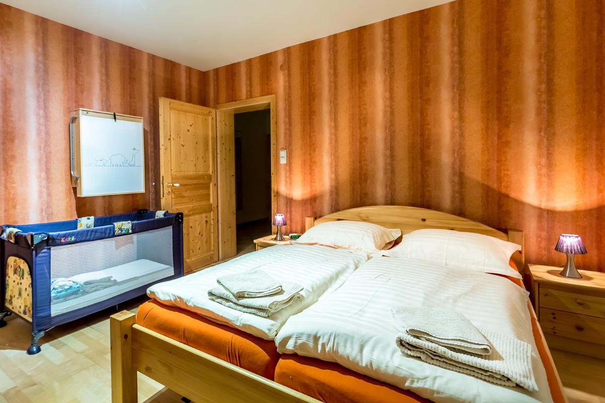 Tweepersoons slaapkamer appartement Michel