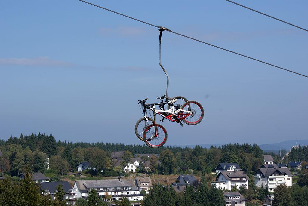 Stoeltjeslift bij Bikepark Winterberg